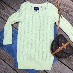 EUC American Eagle outfitters sweater